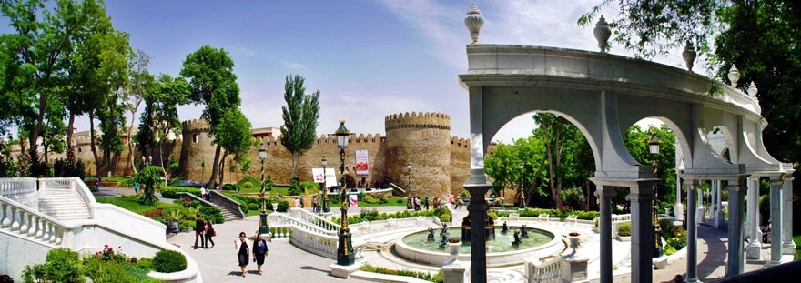 Aserbaidschan-Baku-Filarmonia-Park
